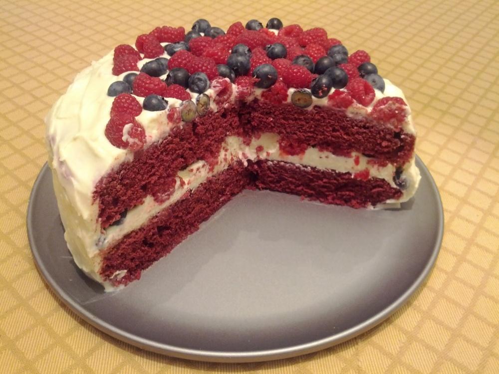 Red velvet cake with blueberries and rasberries (2/3)