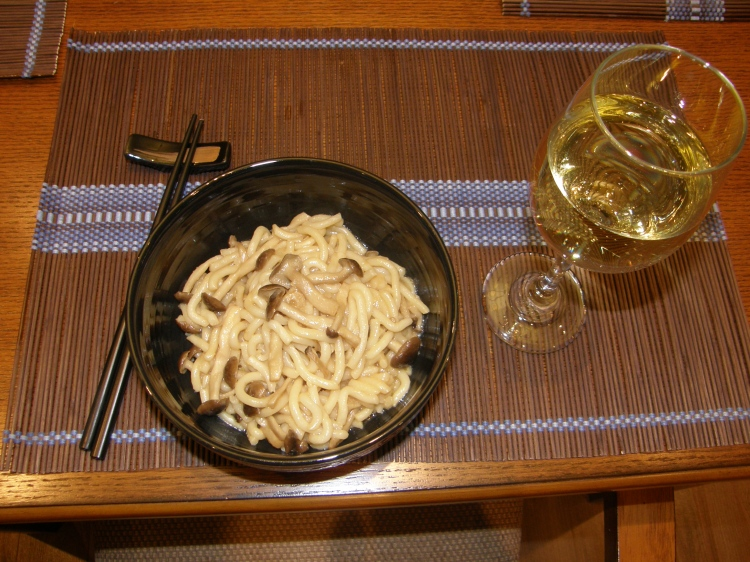 Japanese noodles with shimeji mushrooms-1