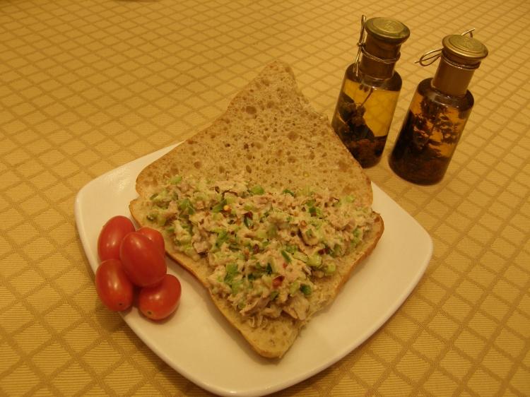 Tuna sandwich-1