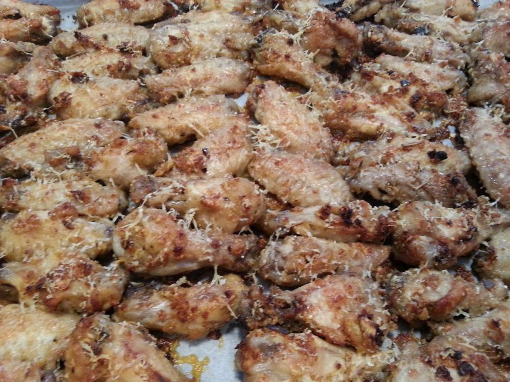 Baked Garlic Parmesan chicken wings (1/2)