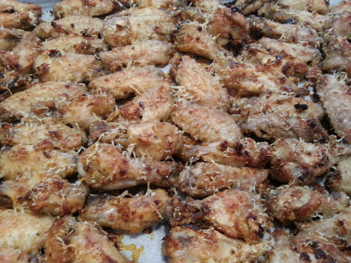 Garlic-parmesan chicken wings-1