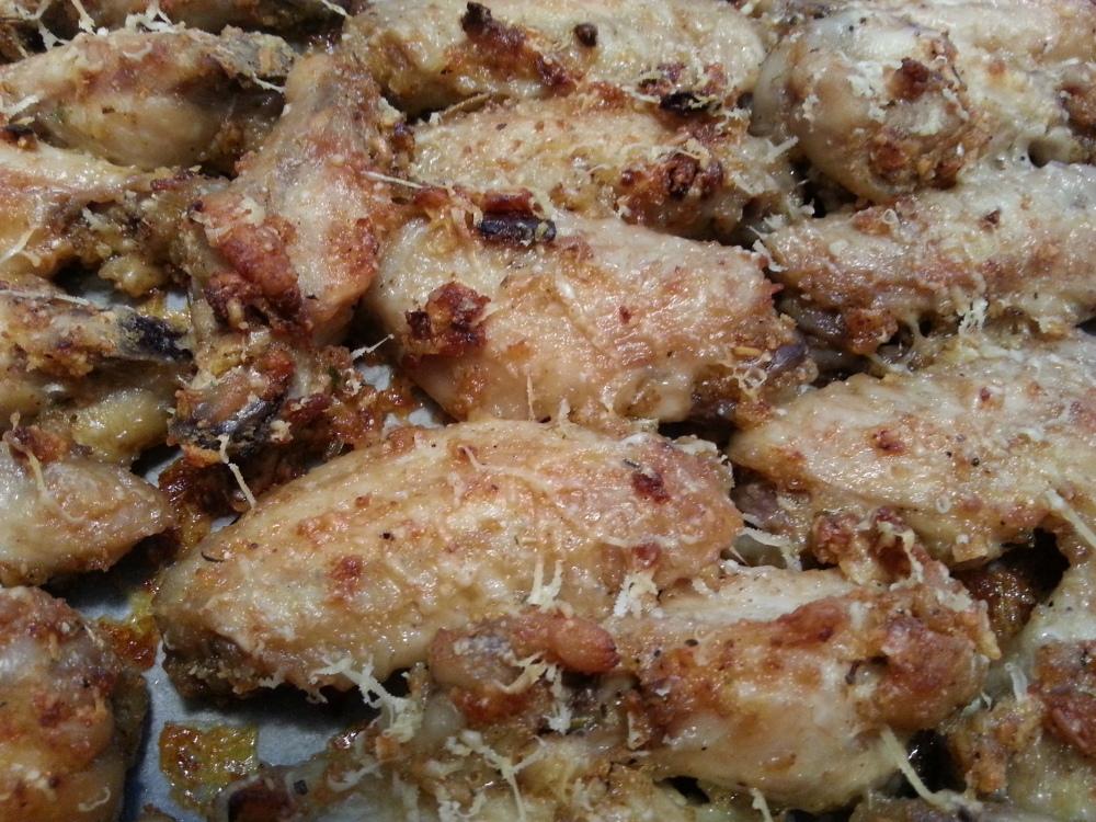 Baked Garlic Parmesan chicken wings (2/2)